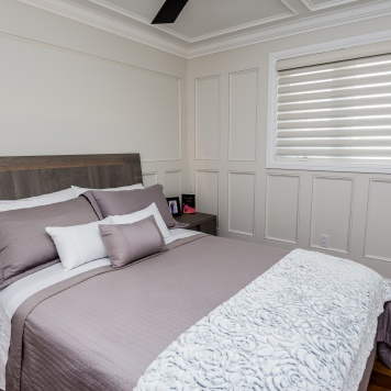 bedroom-wood-heading-drapery