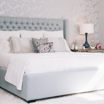 Bella-Notte-Bedding-Maple-DRrapery