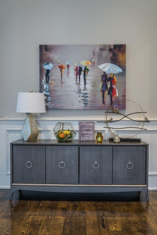 painting-custom-lamp-maple-drapery