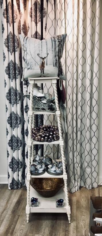 Silver Winter Decor Accessories