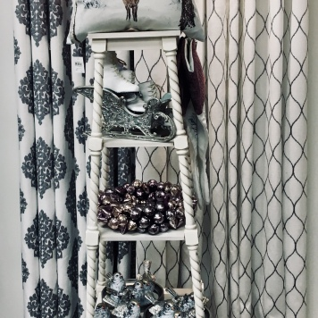 Silver Winter Decor Accessories