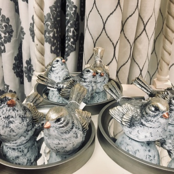 Winter Bird Decor Accessories