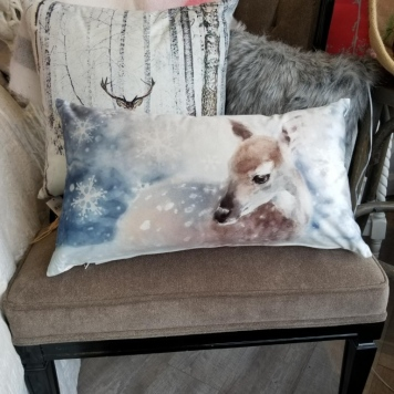 Seasonal Winter Pillow - Deer
